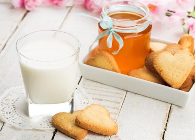 2 Ingredient Honey Milk - Single Serve